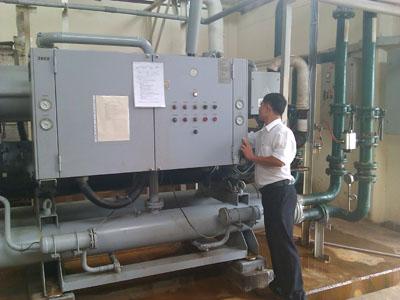 Kiểm tra máy làm lạnh nước